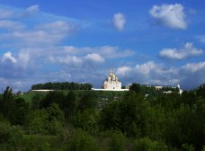 Успенский собор на высоком берегу Клязьмы. Владимир.