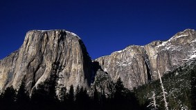 Западная сторона горы El Capitan.