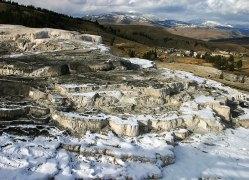 Терраса Минервы. Mammoth hot springs.
