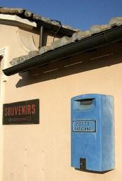 Ватиканский почтовый ящик на вершине собора Св. Петра.