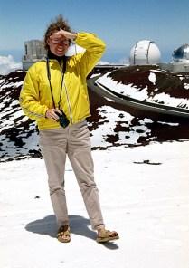 В шлепанцах на снегу :) Mauna Kea State Park.
