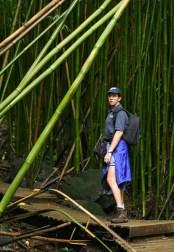 Илья, вступающий в бамбуковый лес. Тропа Pipiwai.