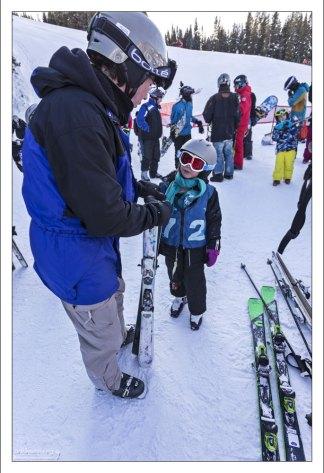 В детской лыжной школе.