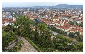 На территории замка Шлосберг.
