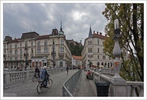 Тройной мост (Triple bridge) - ансамбль из трёх пешеходных мостов через реку Любляницу в историческом центре Любляны.