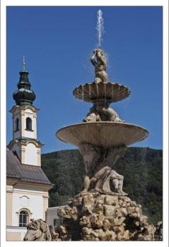 Тритон - самый большой фонтан в стиле барокко в Центральной Европе.