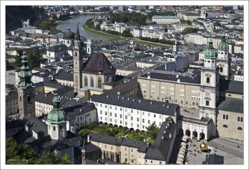 Центр Зальцбурга с высоты крепости Hohensalzburg.
