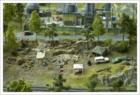 Алтай: раскопки доисторического ящера.