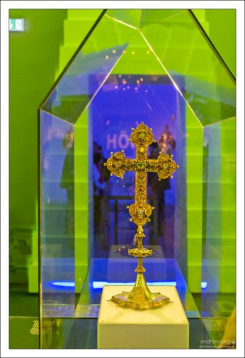 Мелькский крест (нем. das Melker Kreuz) является главной святыней монастыря в Мельке.