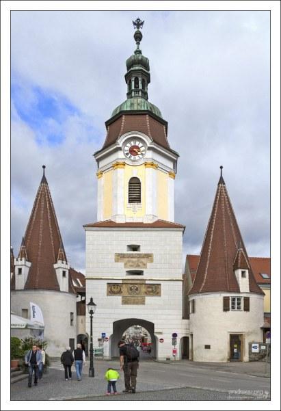 Ворота Steiner Tor (15-й век) в старинном австрийском городе Krems.