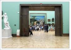 Зал, где расположена картина А.А. Иванова «Явление Христа народу» (1837—1857). Третьяковская галерея.