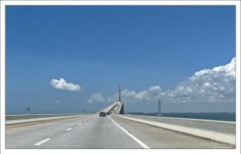 Автомобильный мост через залив Тампа (I-275).