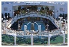 Специальный тихий уголок на корабле, за дополнительные деньги.