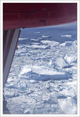 Гренландия – самый крупный остров на Земле, который, несмотря на близкое расположение к Северной Америке, принадлежит Дании.