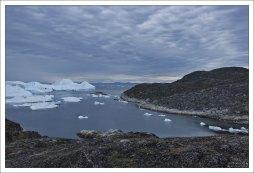 Айсберги отплывают в сторону Илулиссата.