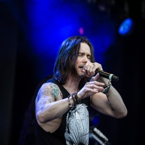 Myles Kennedy - Slash ft. Myles Kennedy & The Conspirators - Gröna Lund 2015
