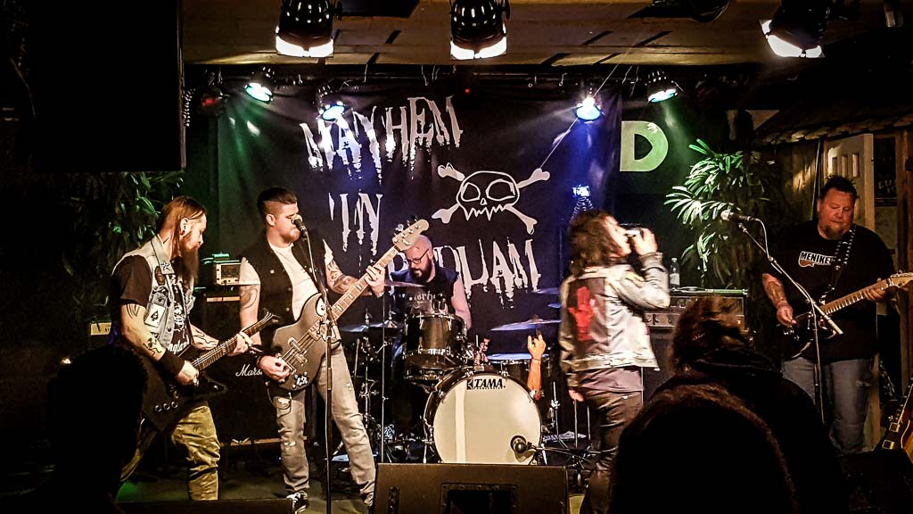 Mayhem In Bedlam - LIVEVIDEOS