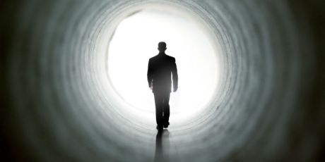 lumina-tunel-moarte