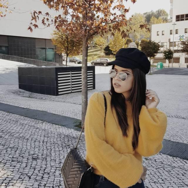 Hey weekend weekendmood autumn lisbon yellow blogger fashionblogger bloggerstyle lifestylehellip