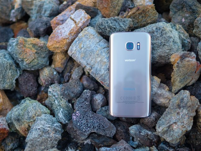 galaxy-s7-14 Best Phone For Seniors Android