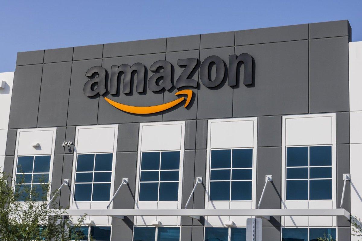 Amazon Game Studios lays off 'dozens' of developers