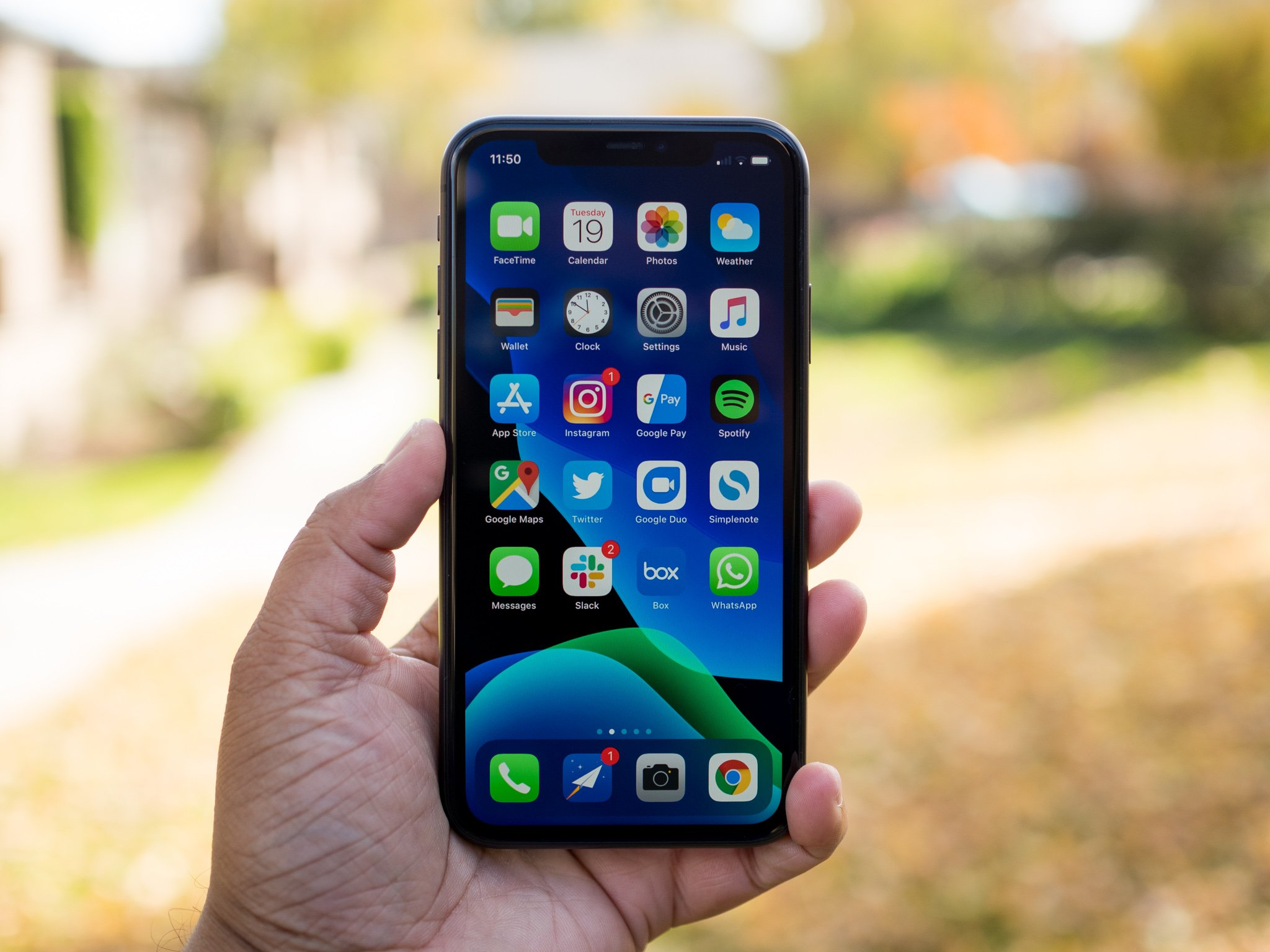 I used the iPhone 11 for a month — here's what it does ...