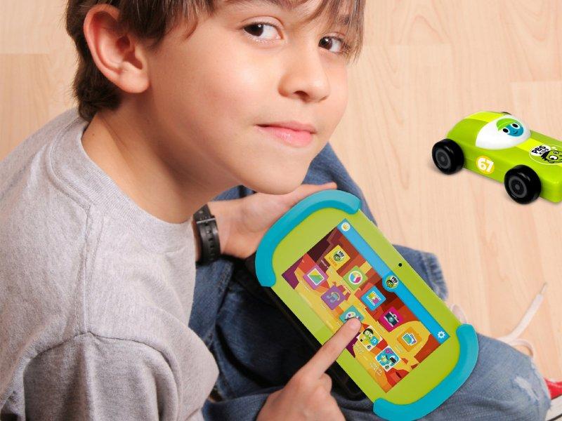 Pbs Kids Playtime Pad 7 Bundle Lifestyle