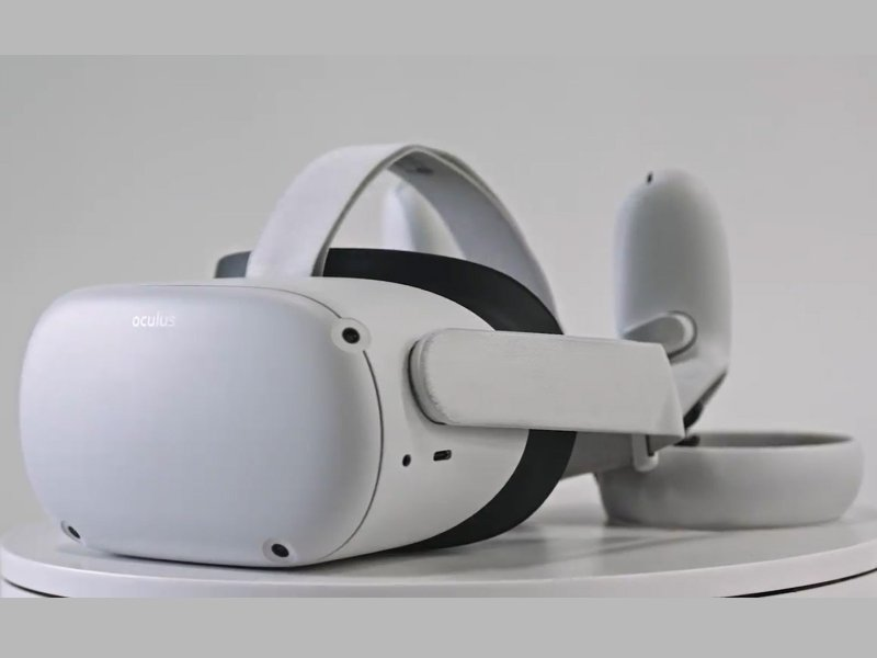 Oculus Quest 2 Leak With Controllers