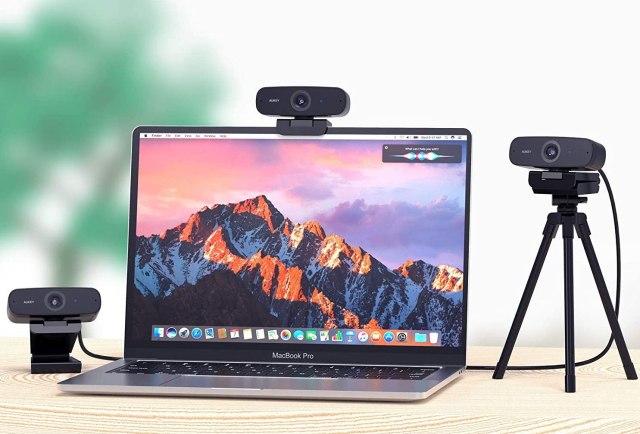 AUKEY PC-W3 Webcam Lifestyle