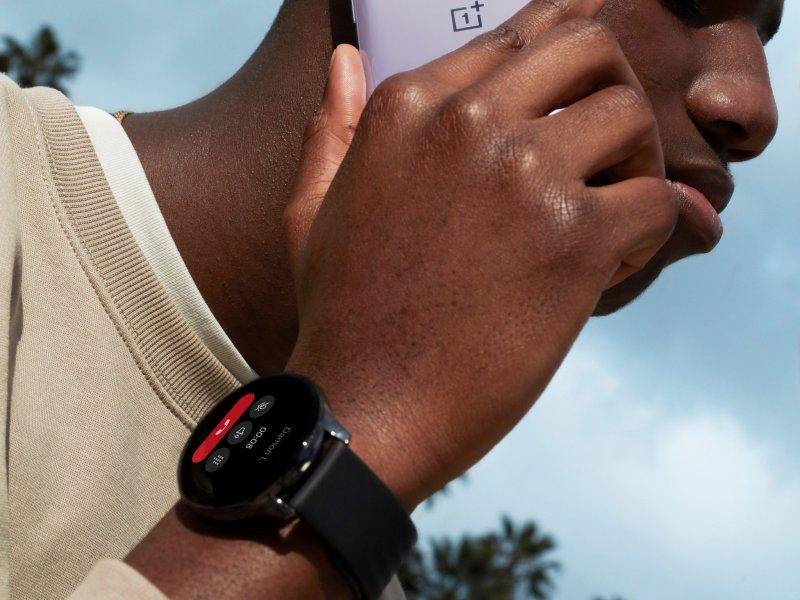 OnePlus Watch Press Image