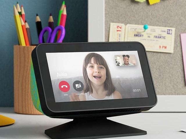 Amazon Echo Show 5 Kids Video Call