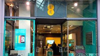 UK regulator announces ban on sale of locked mobile phones
