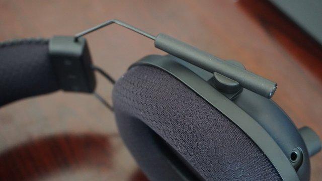 Razer Blackshark V2 Pro Headset Closeup Adjustment