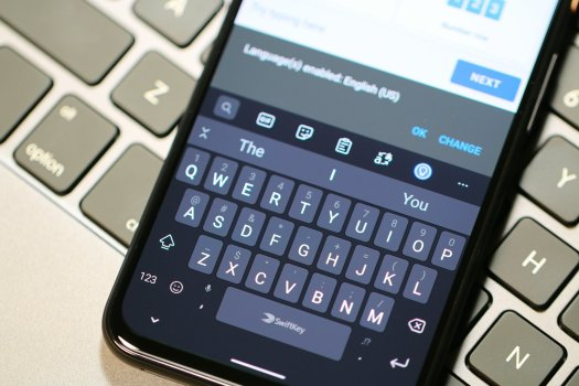 Swiftkey Keyboard Pixel 4 Hero