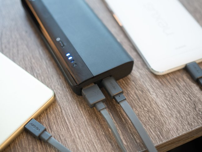 monoprice-usb-c-battery-2 USB-C needs to get smarter before it gets better [Updated] Android