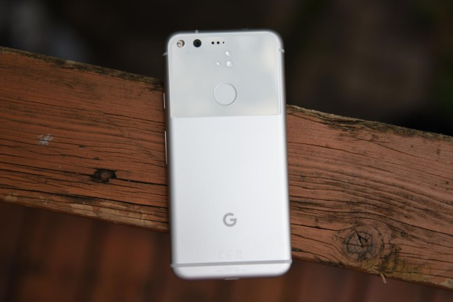 google-pixel-review-14 Google Pixel + Pixel XL review Android