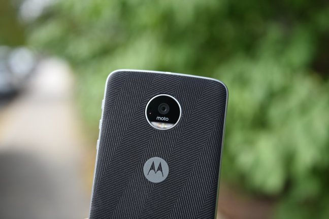 moto-z-play-review-10 Moto Z Play review: The best phone you'll probably overlook Android