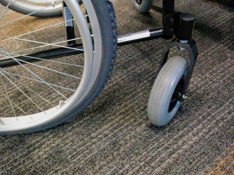 Roues de fauteuil roulant