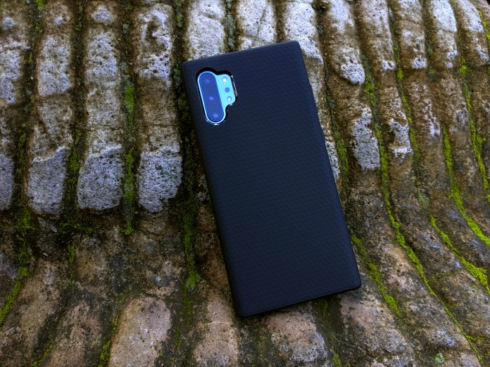 Forget the Rugged Armor, the Liquid Air is the Spigen slim case to get
