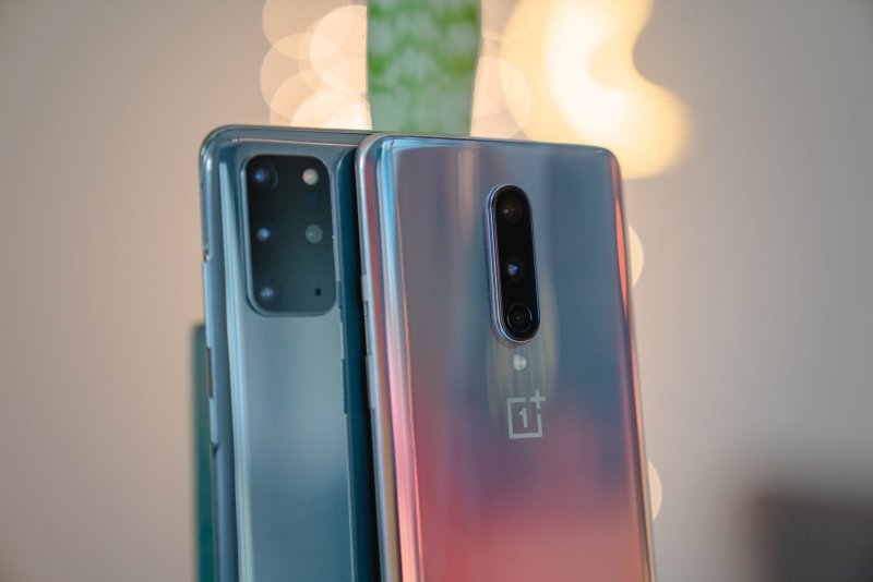 Galaxy S20+ and OnePlus 8