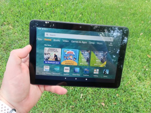 Fire Hd 8 Lifestyle 2