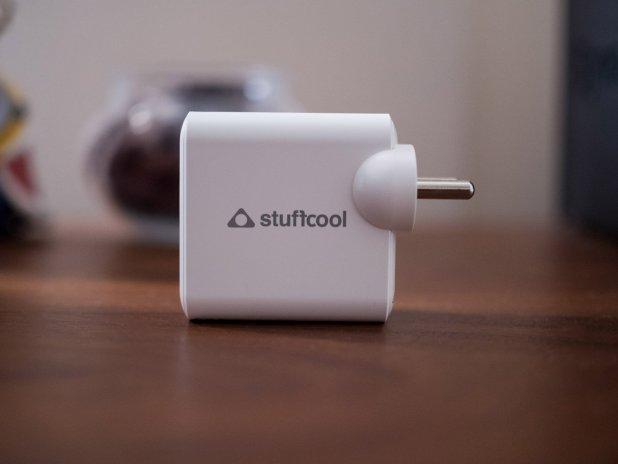 Windows Phone: Stuffcool Napoleon PD65W