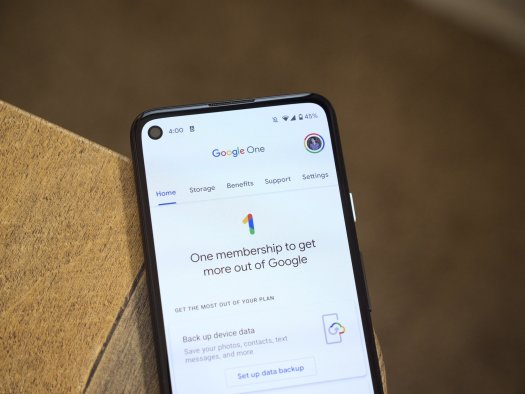 Google One Home Screen Lifestyle 3