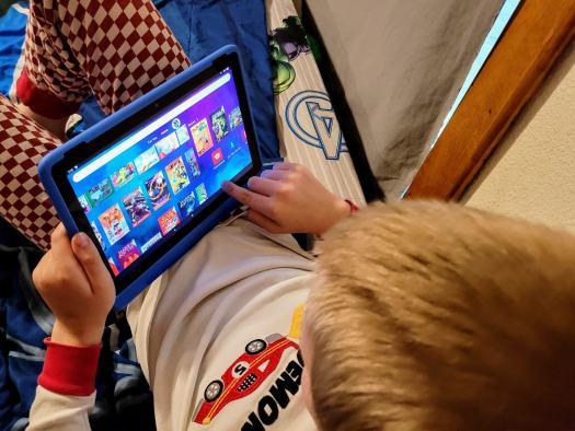 Amazon Fire Hd 10 Kids Protablet Lifestyle