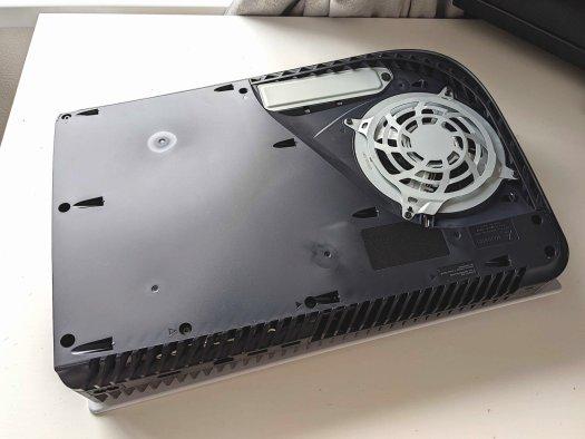 PS5 SSD installation