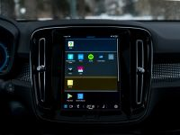 Here's what driving with Android Automotive looks like right now