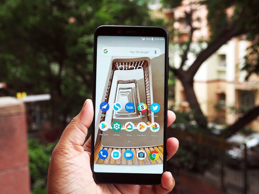 Xiaomi Mi A2 front