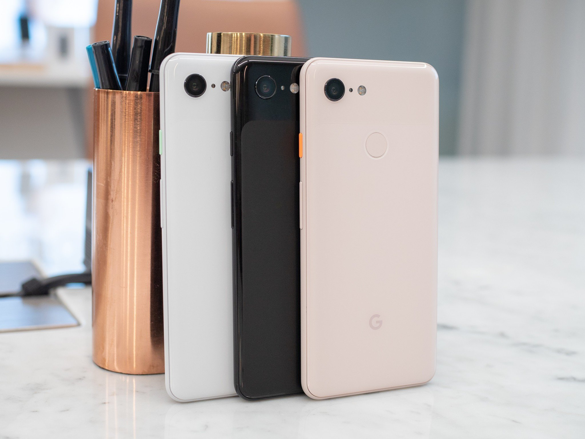 google s officially taken the wraps off its pixel 3 and 3 xl smartphones the two handsets look exactly like what we saw in all the early