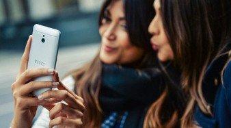 Los selfies se apoderan de Berlin