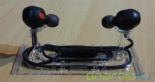 Review-Jabra-Rox-Wireless-4